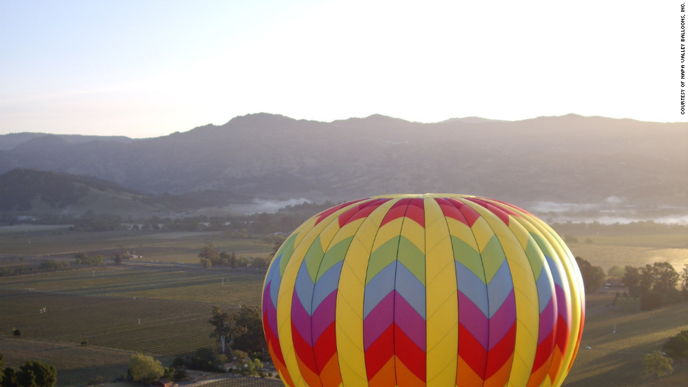 Napa Valley Balloons in California - Tea? Juice? Pastry? Champagne? Napa Valley Balloons does California wine country justice by adding limo wine tours, winery explorations and fine dining to its ballooning packages.